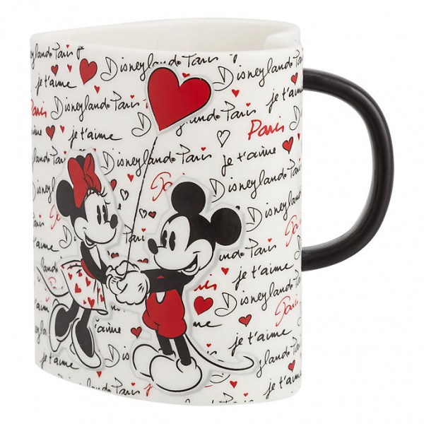 Mickey and Minnie Amour heart shaped mug, Disneyland Paris