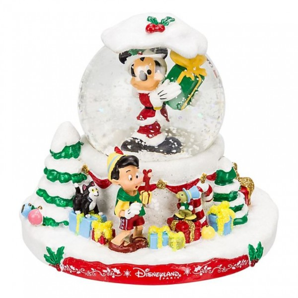 Disney Characters Christmas Snow Globe