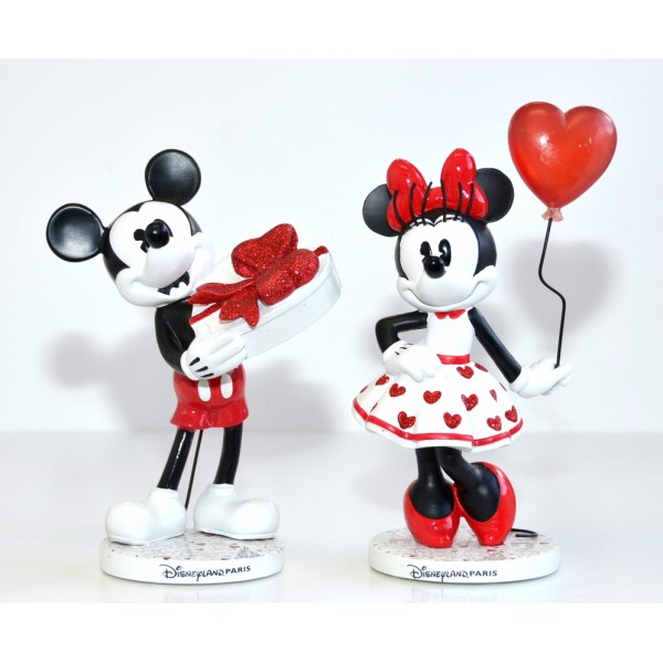 Disneyland Paris Mickey and Minnie Mon Amor in Paris Figure set
