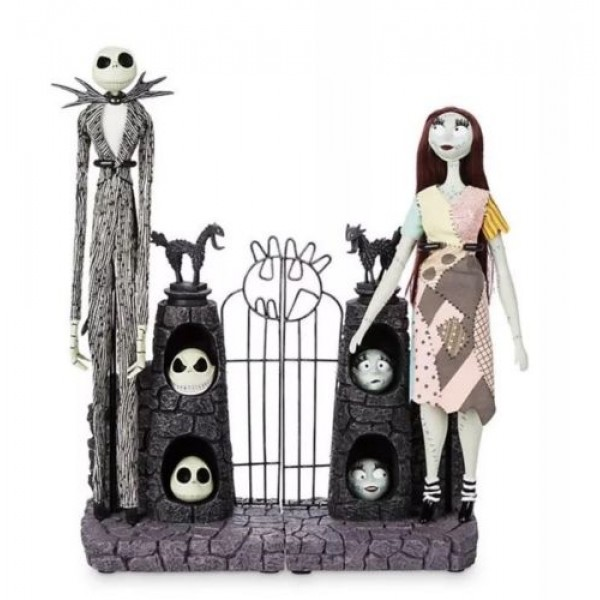 Disney Nightmare Before Christmas Jack Skellington and Sally Limited Edition Dolls