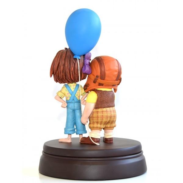 Disney Carl & Ellie from Disney Pixar Up figure Limited Edition,Disneyland Paris
