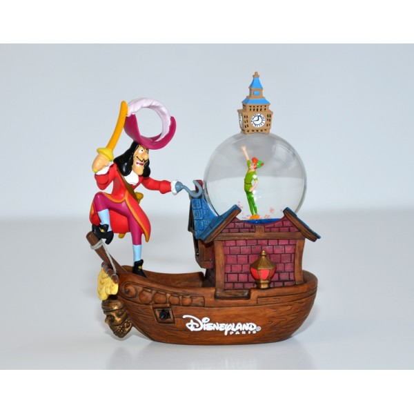 Disneyland Paris Peter Pan and Capitan Hook Snow globe