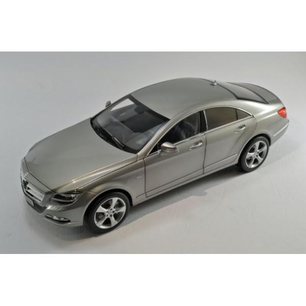 1:18 Mercedes-Benz SLS-Class (Original Mercedes-Benz box)