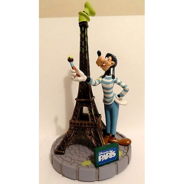 Disneyland Paris Goofy & Eiffel Tower Figure