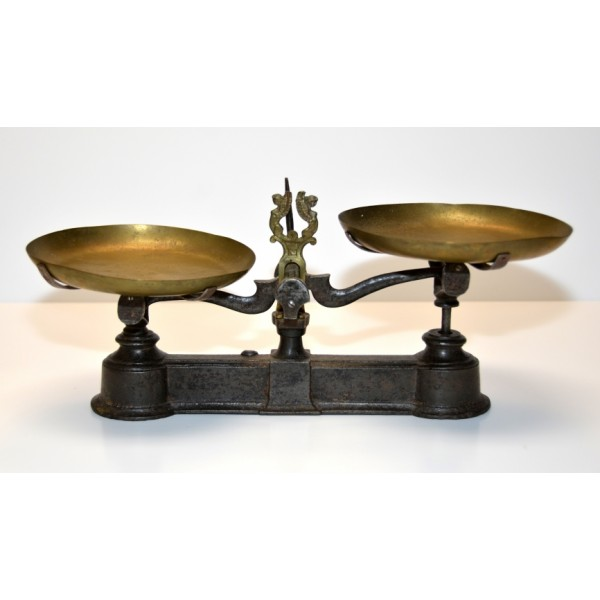 Old Vintage Scale Weight
