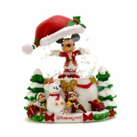 Mickey Mouse Chip 'N' Dale Christmas Snow Globe